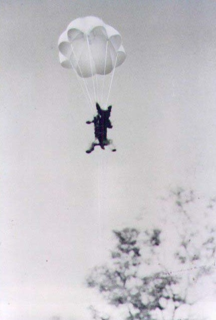 Smoky Parachuting